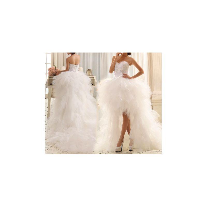 robe de mari e courte devant avec traine bustier plumes coussin mariage. Black Bedroom Furniture Sets. Home Design Ideas